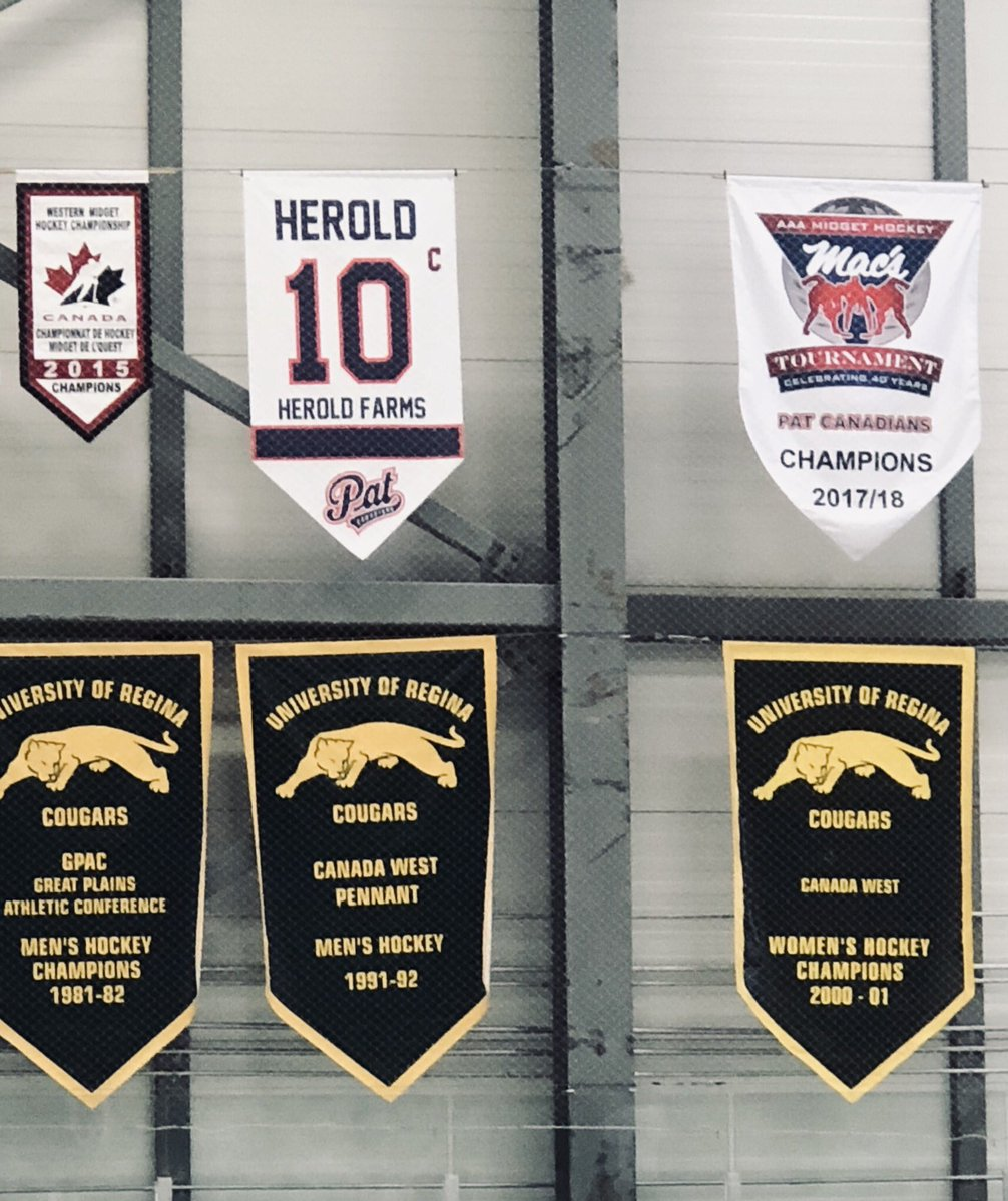 Hockey Teams Remember